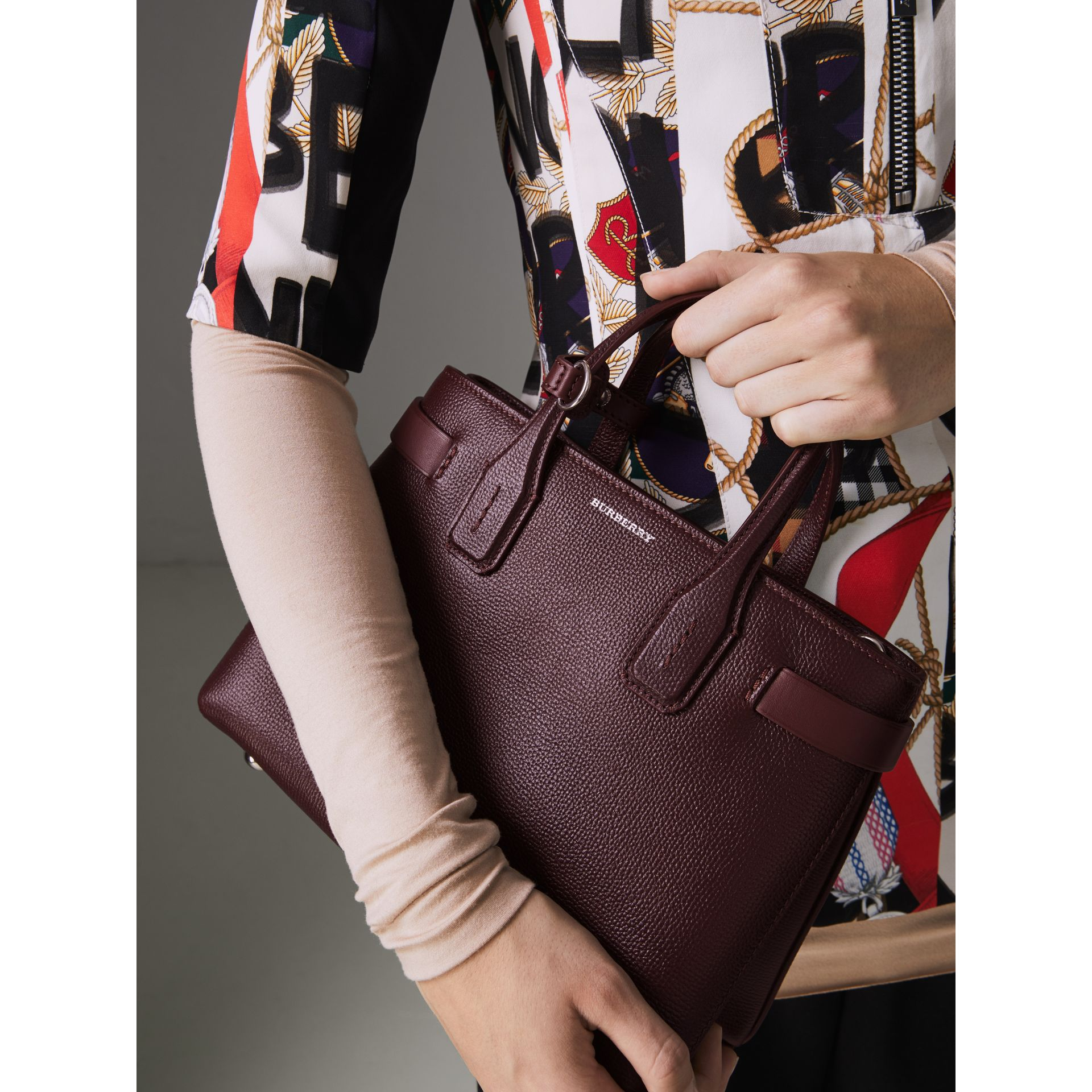 The Small Banner in Leather and Vintage Check in Mahogany Red - Women | Burberry - gallery image 4