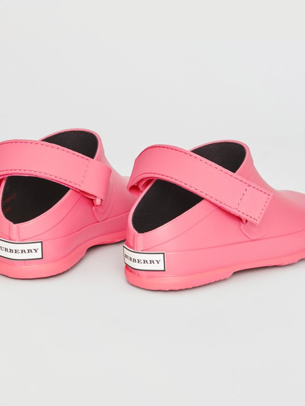Check Detail Rubber Sandals in Bright Rose - Children | Burberry United Kingdom - cell image 2
