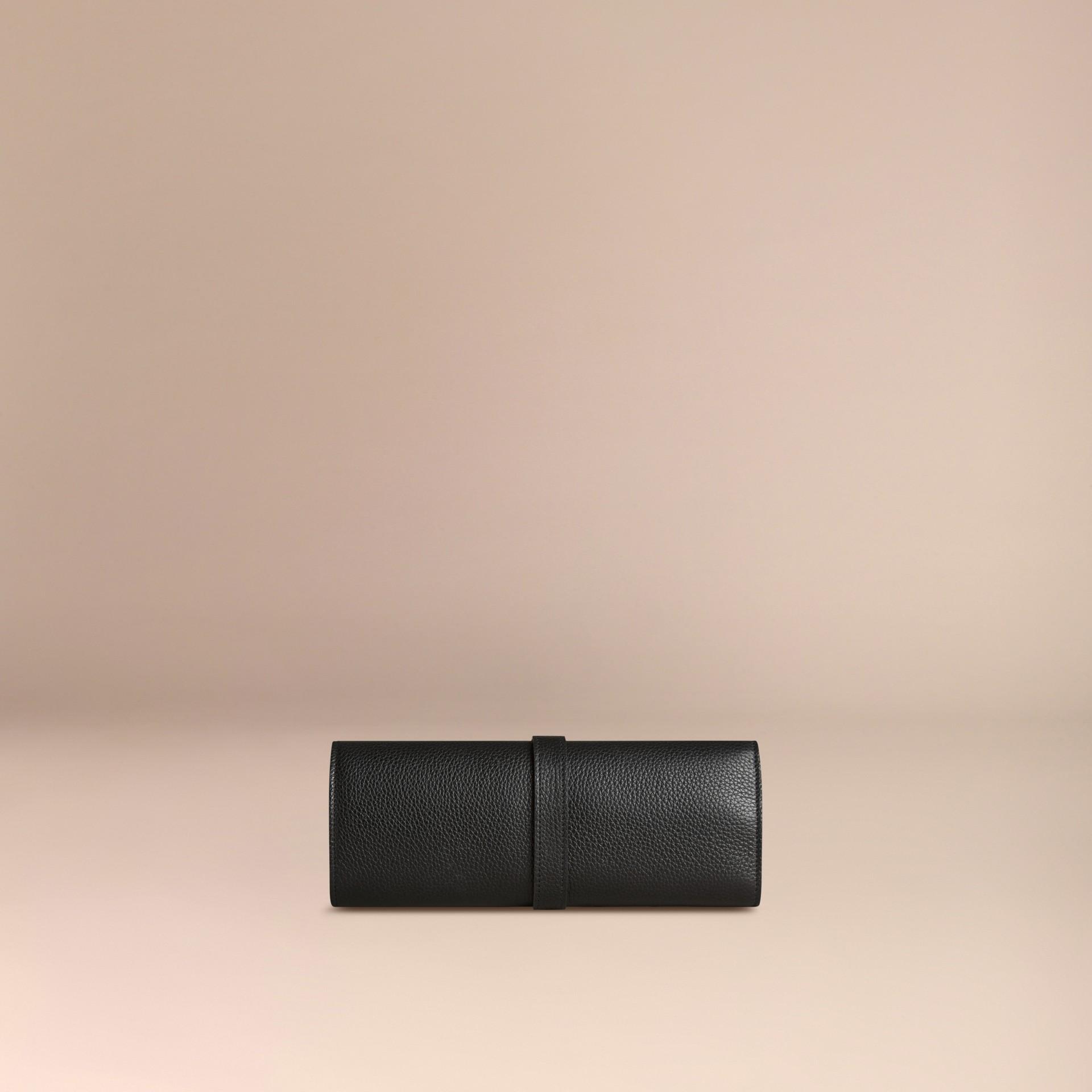 Noir Pochette à pinceaux en cuir grainé Noir - photo de la galerie 3