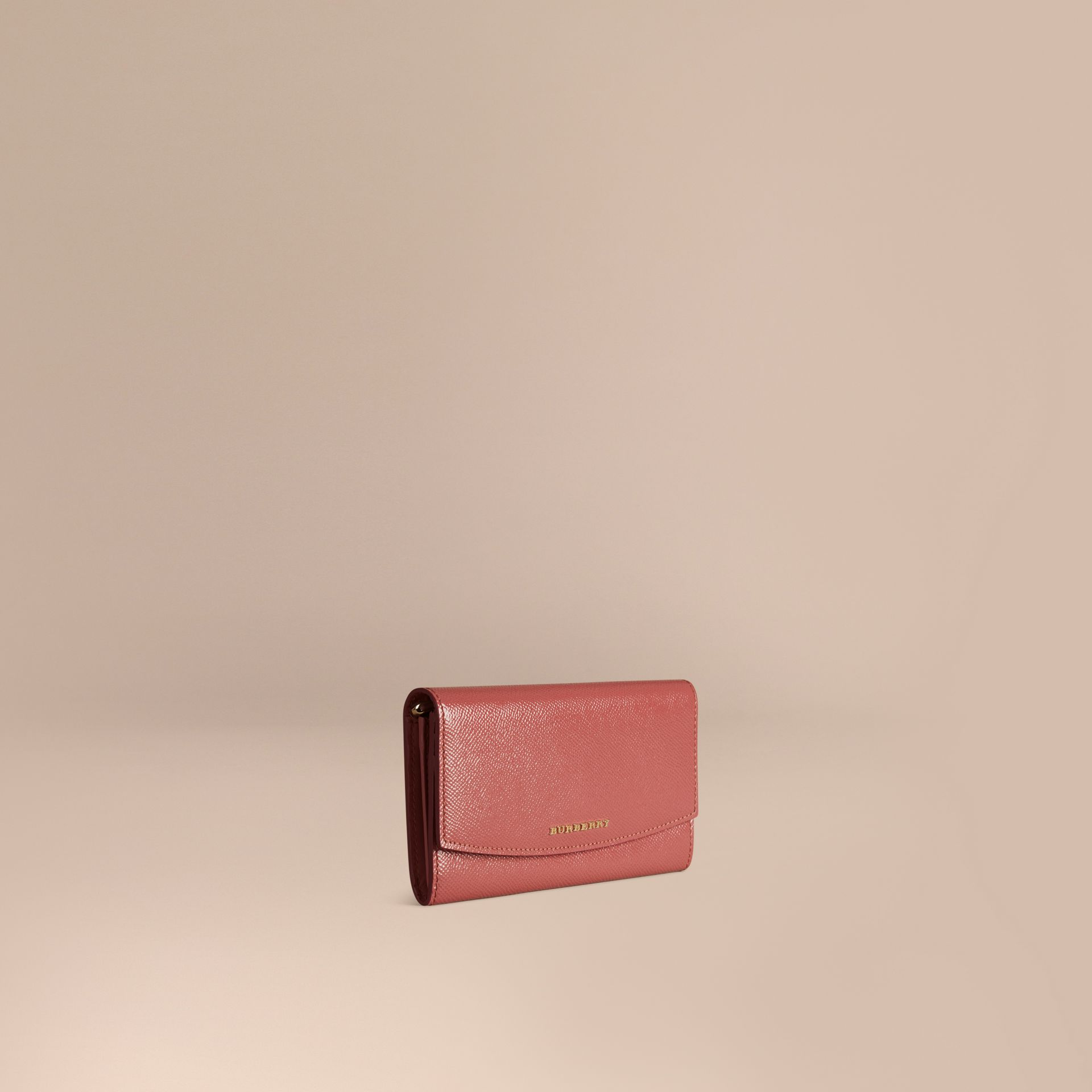 Antikrosa Brieftasche aus London-Lackleder im Kontinentalformat Antikrosa - Galerie-Bild 1