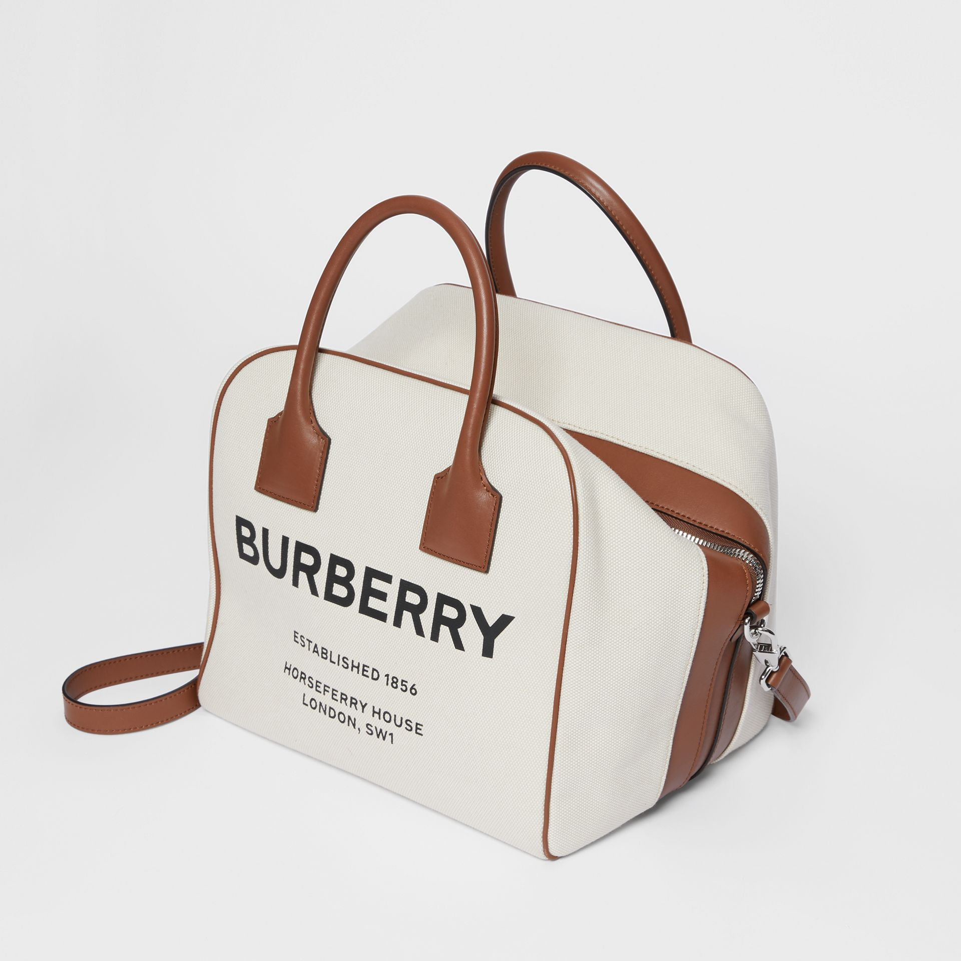 Borsa Cube media in tela con stampa Horseferry (Naturale/marrone Malto) - Donna | Burberry - immagine della galleria 3
