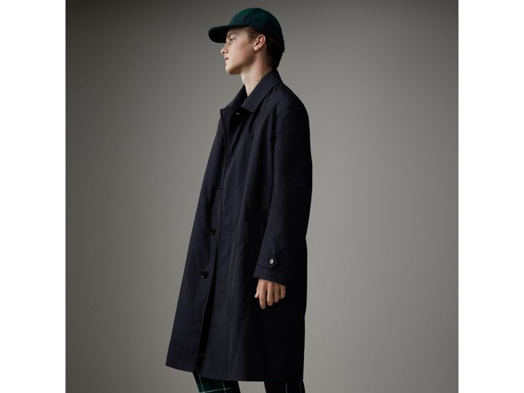 Cappotto car coat in gabardine tropicale (Blu Carbonio) - Uomo | Burberry - cell image 4