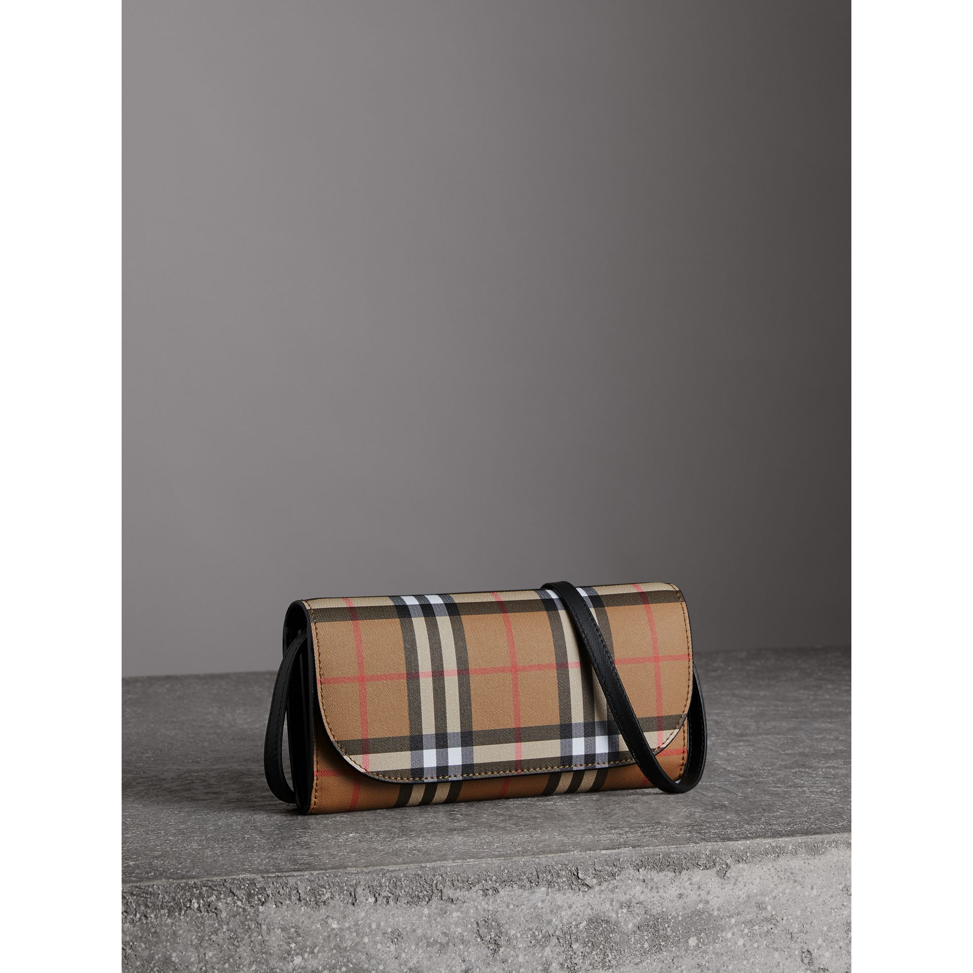Detachable Strap Vintage Check Leather Wallet in Black - Women | Burberry United Kingdom - gallery image 6