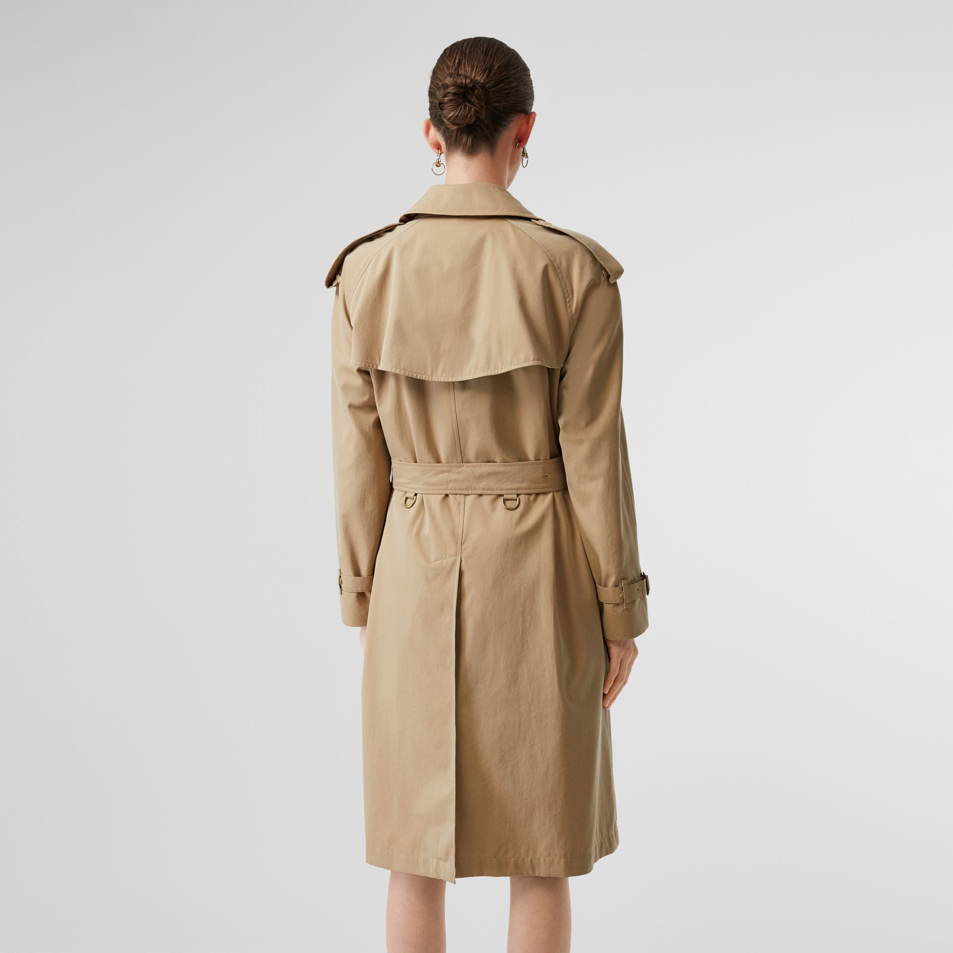 The Westminster Heritage Trench Coat in Honey - Women | Burberry Singapore - gallery image 2
