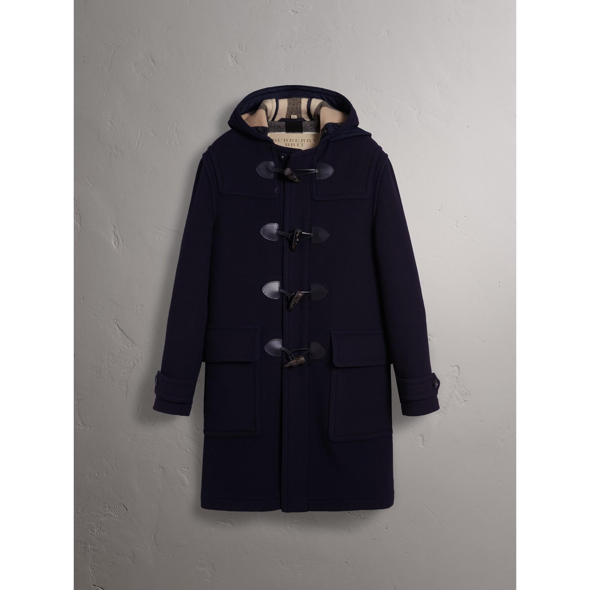 羊毛混紡連帽牛角扣大衣 (海軍藍) - 男款 | Burberry - 圖庫照片 4