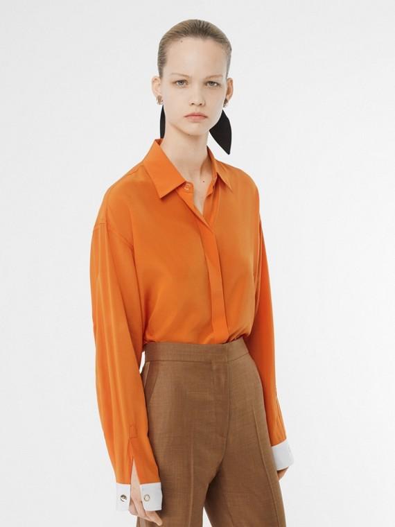 Camisa de seda com punhos contrastantes (Laranja)