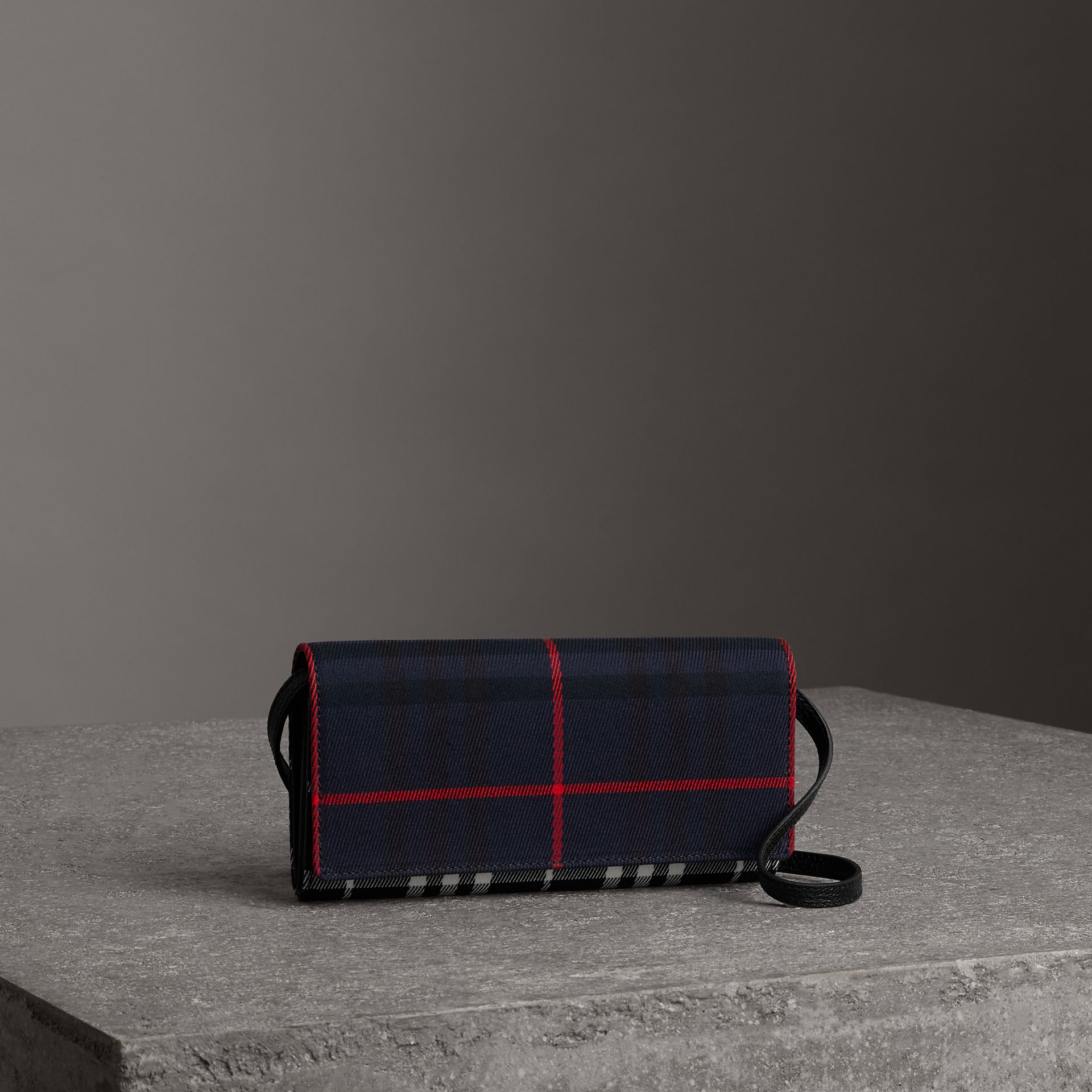 Tartan Cotton and Leather Wallet with Chain in Deep Navy/black - Women | Burberry - gallery image 0