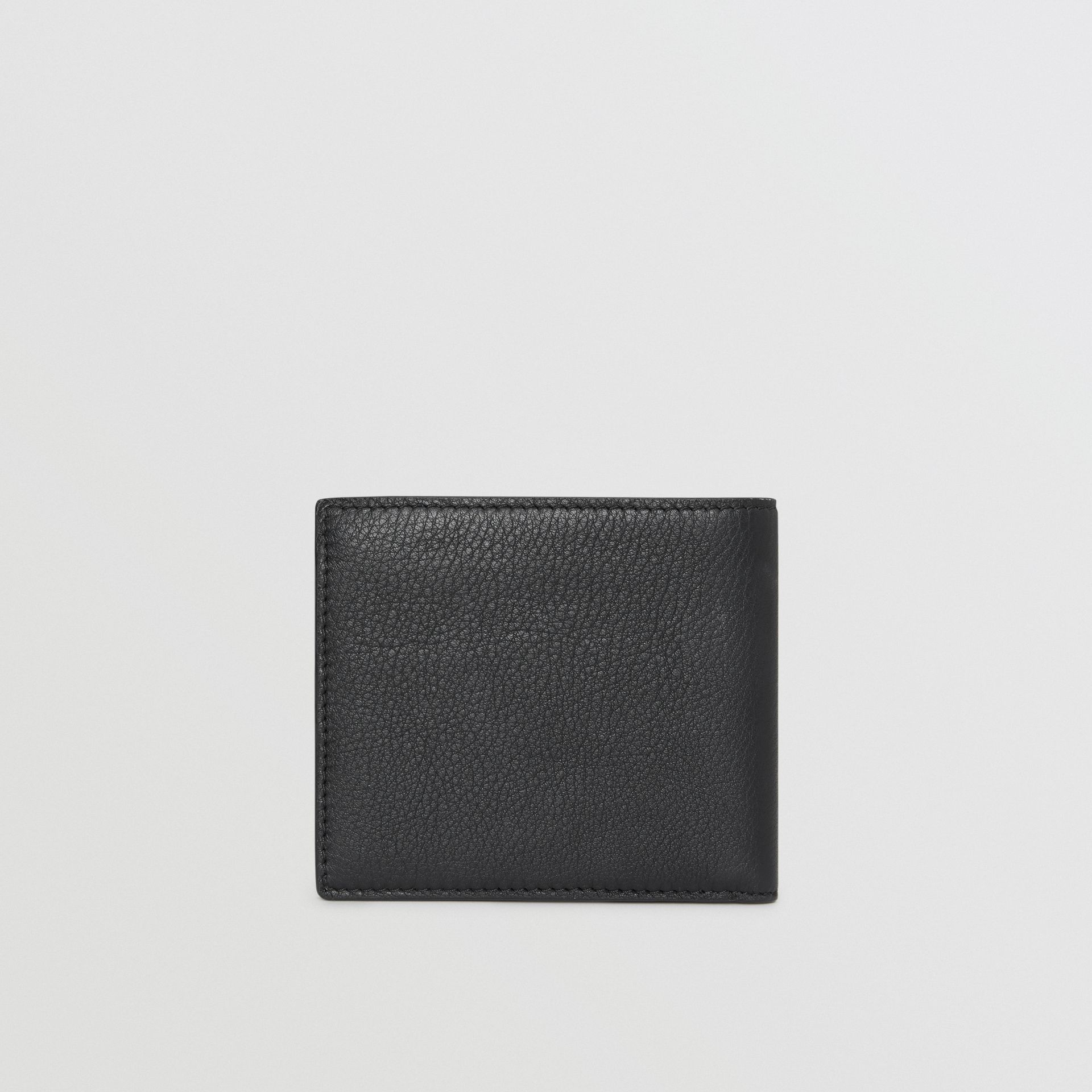 Grainy Leather International Bifold Wallet in Black | Burberry - gallery image 4