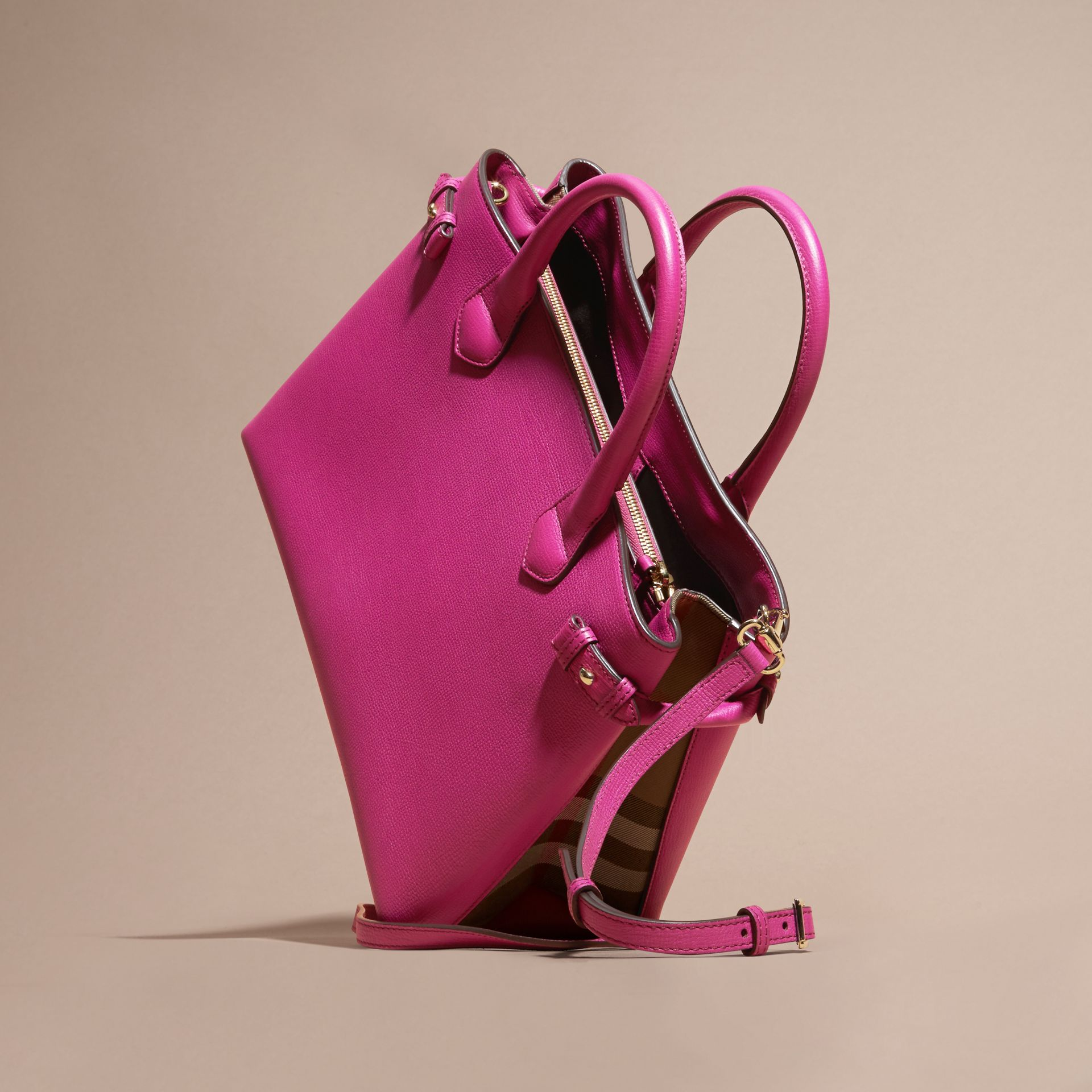 The Medium Banner in Leather and House Check Brilliant Fuchsia - gallery image 4