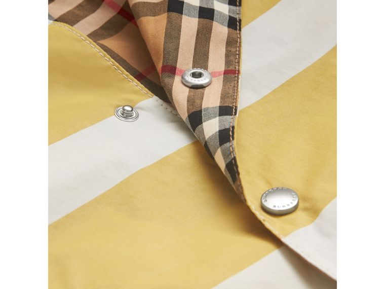 Reversible Stripe and Vintage Check Cotton Jacket in Larch Yellow/whte | Burberry - cell image 1