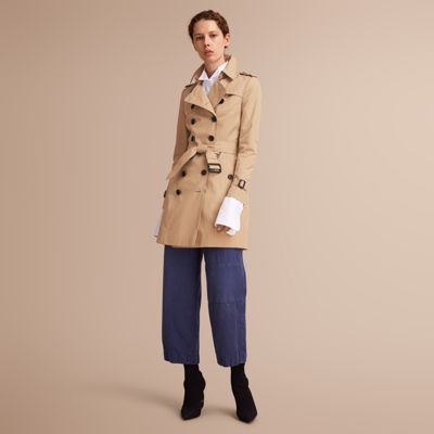 burberry chelsea trench coat available via PricePi.com. Shop the ... 296fe69983480