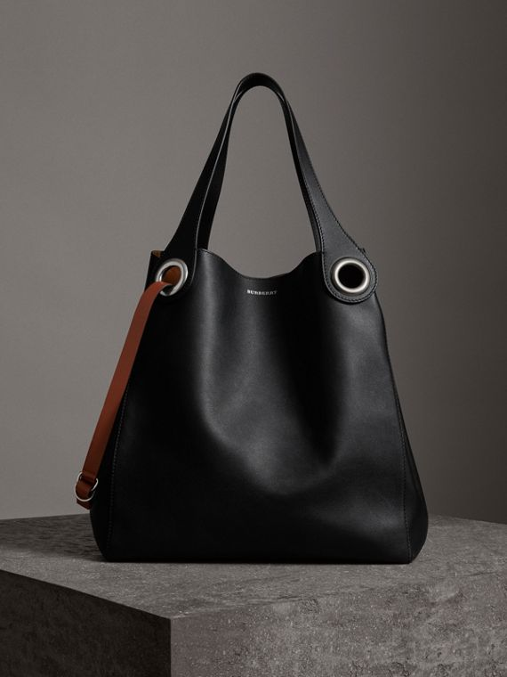 The Large Leather Grommet Detail Tote in Black