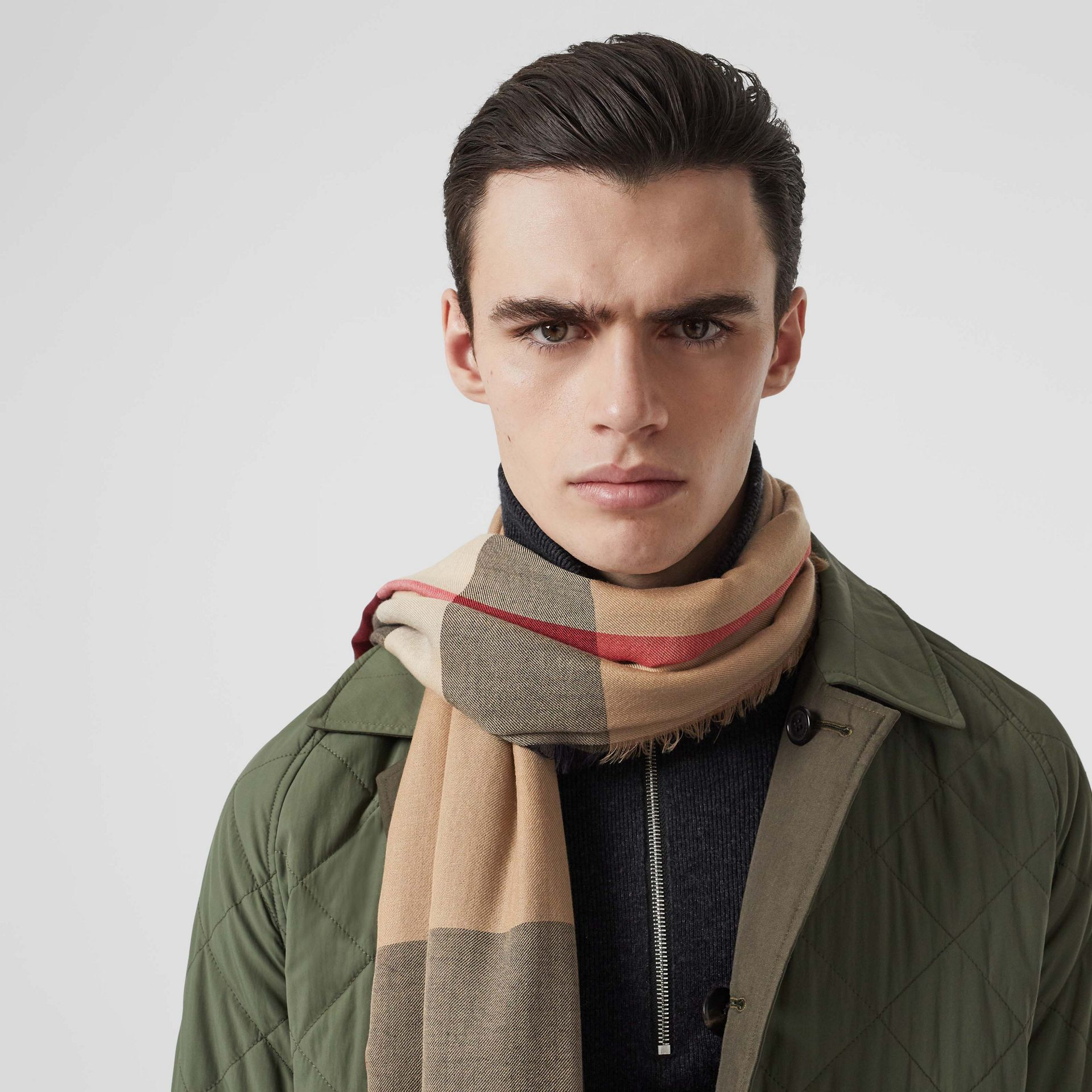 Lightweight Check Cashmere Scarf in Camel | Burberry United Kingdom - gallery image 4