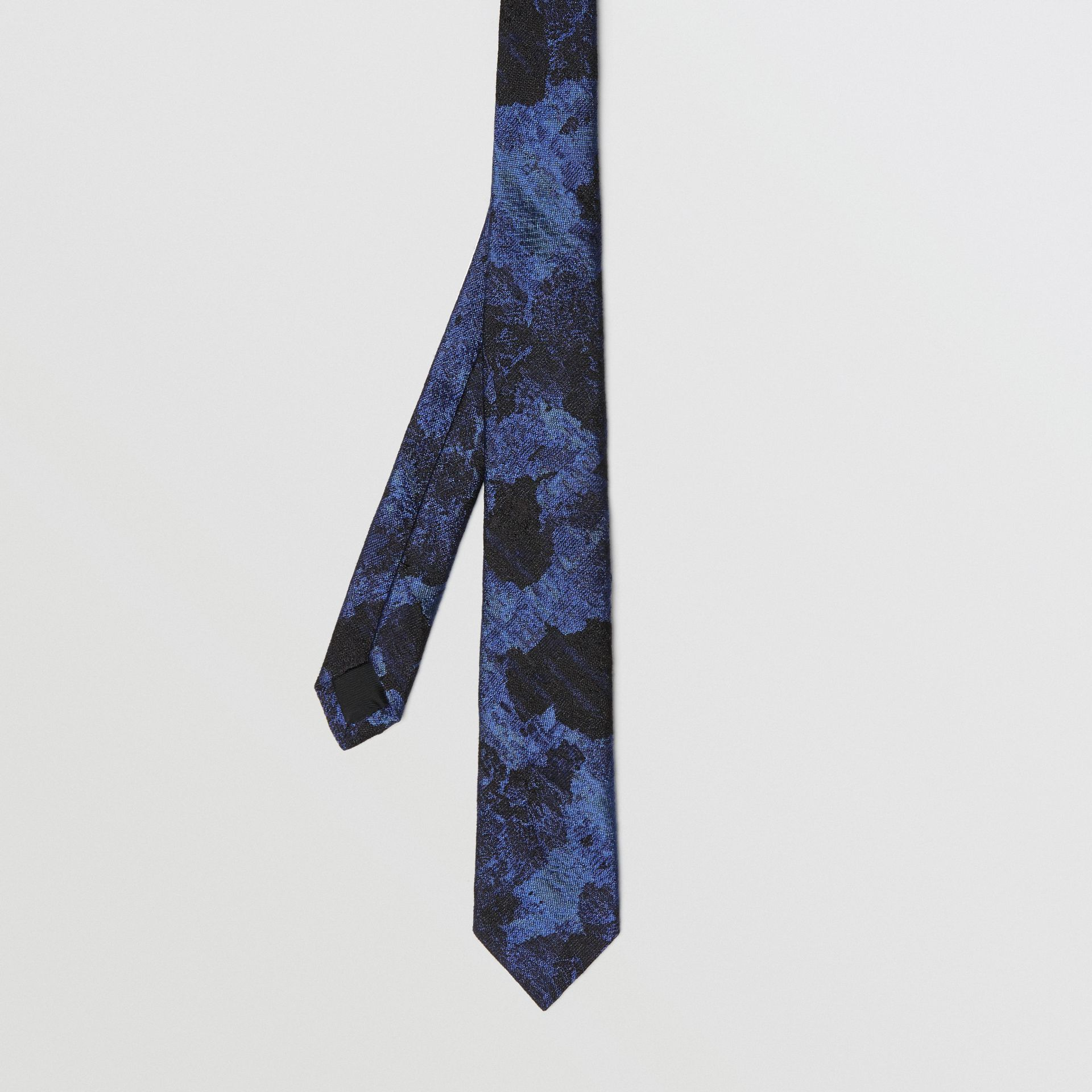 Slim Cut Dreamscape Wool Silk Jacquard Tie in Bright Navy - Men | Burberry - gallery image 3