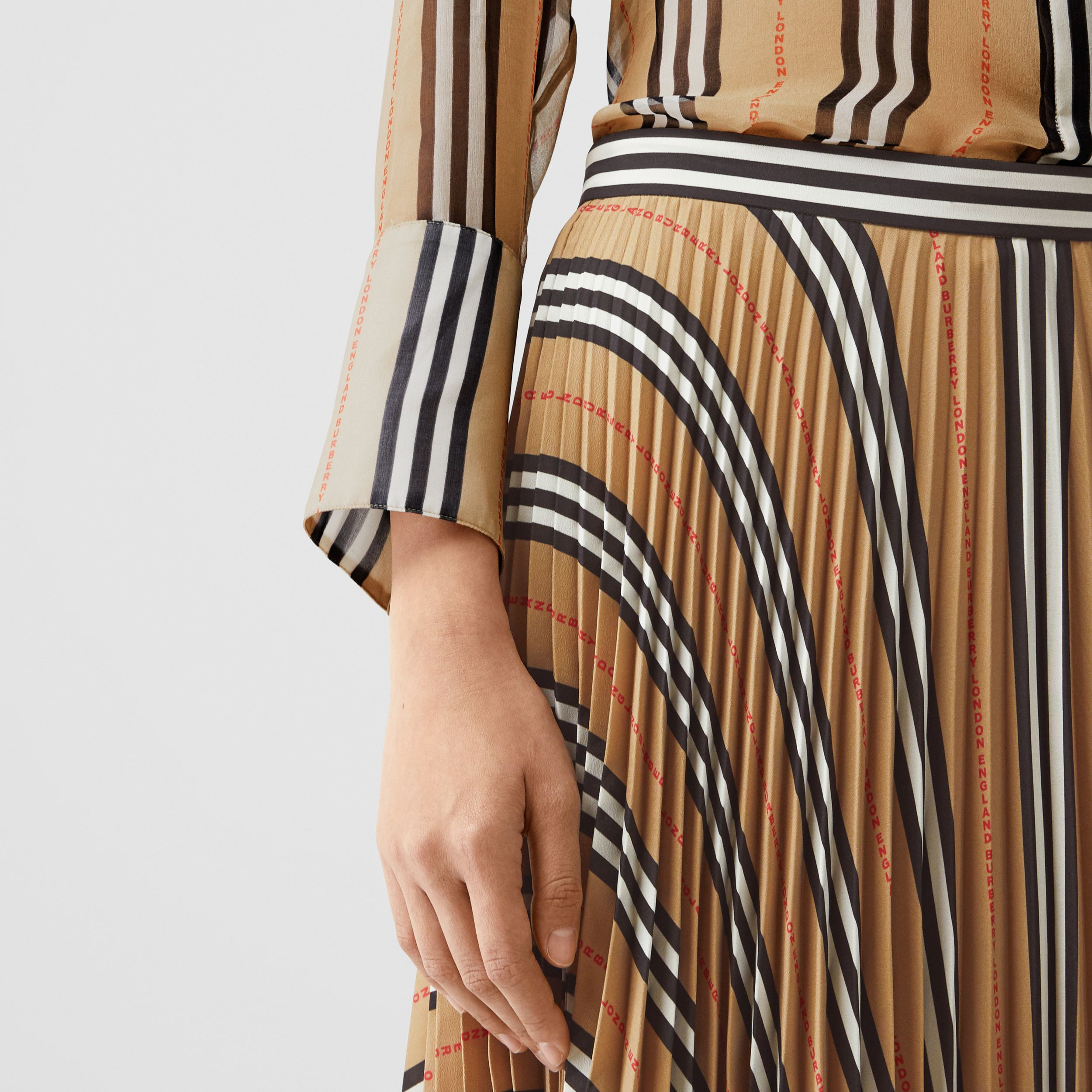 Logo and Stripe Print Crepe Pleated Skirt in Archive Beige - Women | Burberry Hong Kong S.A.R - 2