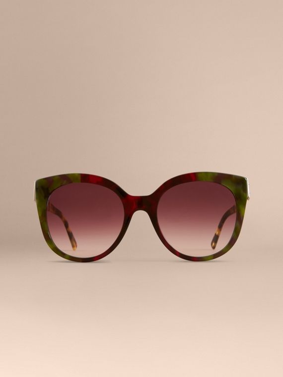 Buckle Detail Cat-eye Frame Sunglasses in Cardinal Red - Women | Burberry - cell image 2