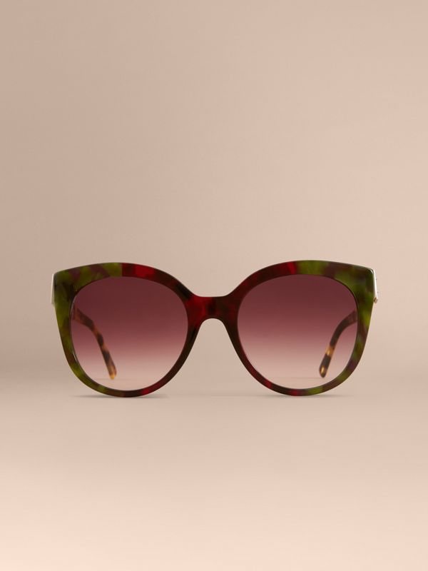 Buckle Detail Cat-eye Frame Sunglasses in Cardinal Red - Women | Burberry Singapore - cell image 2