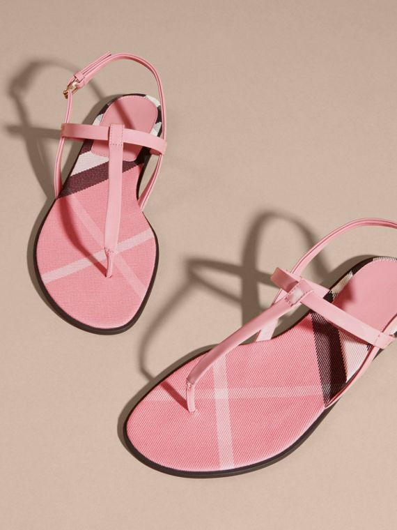 House Check-lined Leather Sandals Berry Pink - cell image 2