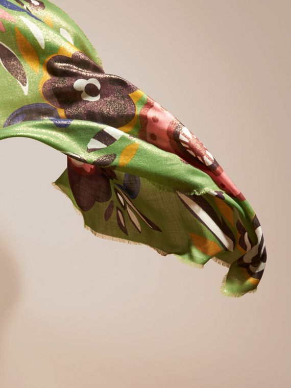 Green oxide Floral Metallic Cashmere Scarf Green Oxide - cell image 3