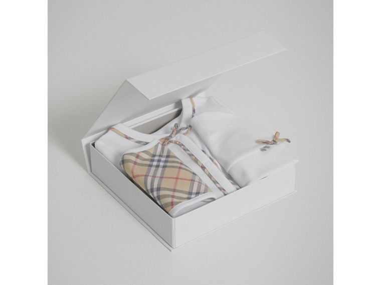 Check Cotton Three-piece Baby Gift Set in White - Girl | Burberry United Kingdom - cell image 2