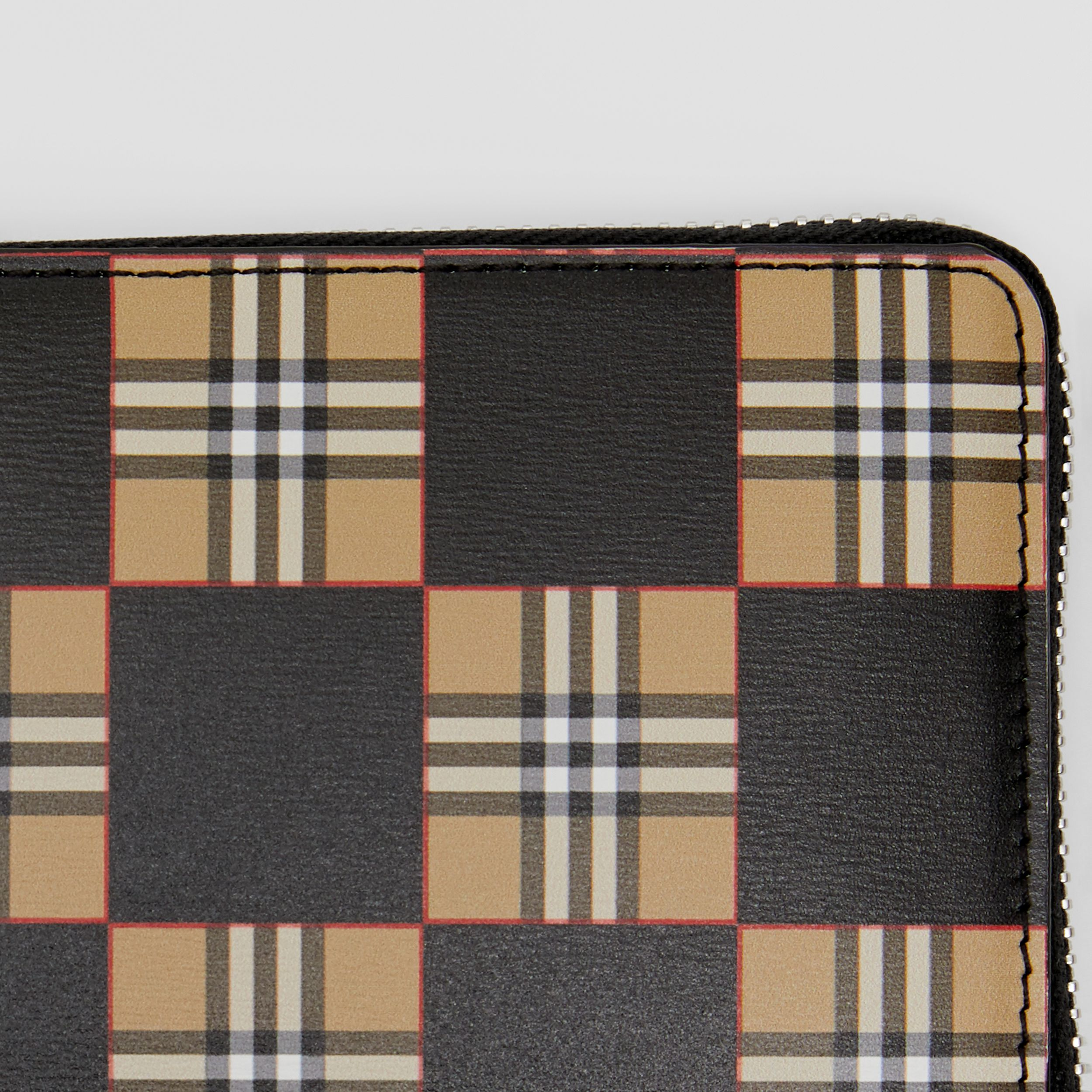 Chequer Print Leather Ziparound Wallet in Archive Beige/black - Men | Burberry - 2