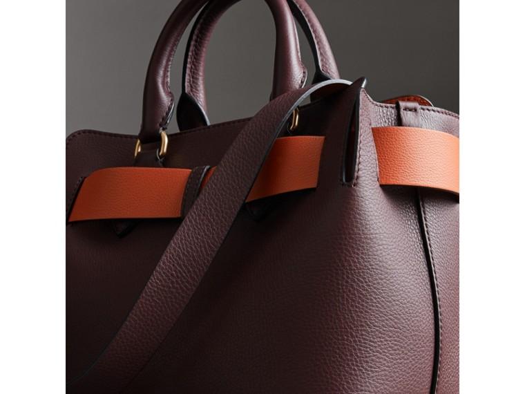 Petit sac TheBelt en cuir (Bordeaux Intense) - Femme   Burberry Canada - cell image 4