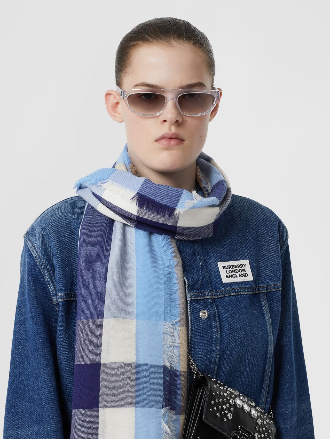 Lightweight Check Cashmere Scarf in English Bluebell