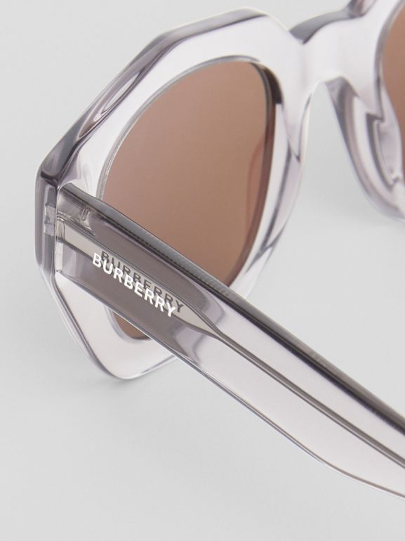 Geometric Frame Sunglasses in Grey - Women | Burberry Hong Kong - cell image 1