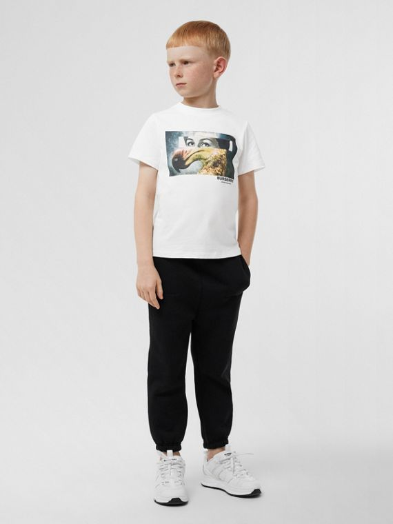 T-shirt in cotone con stampa collage (Bianco)