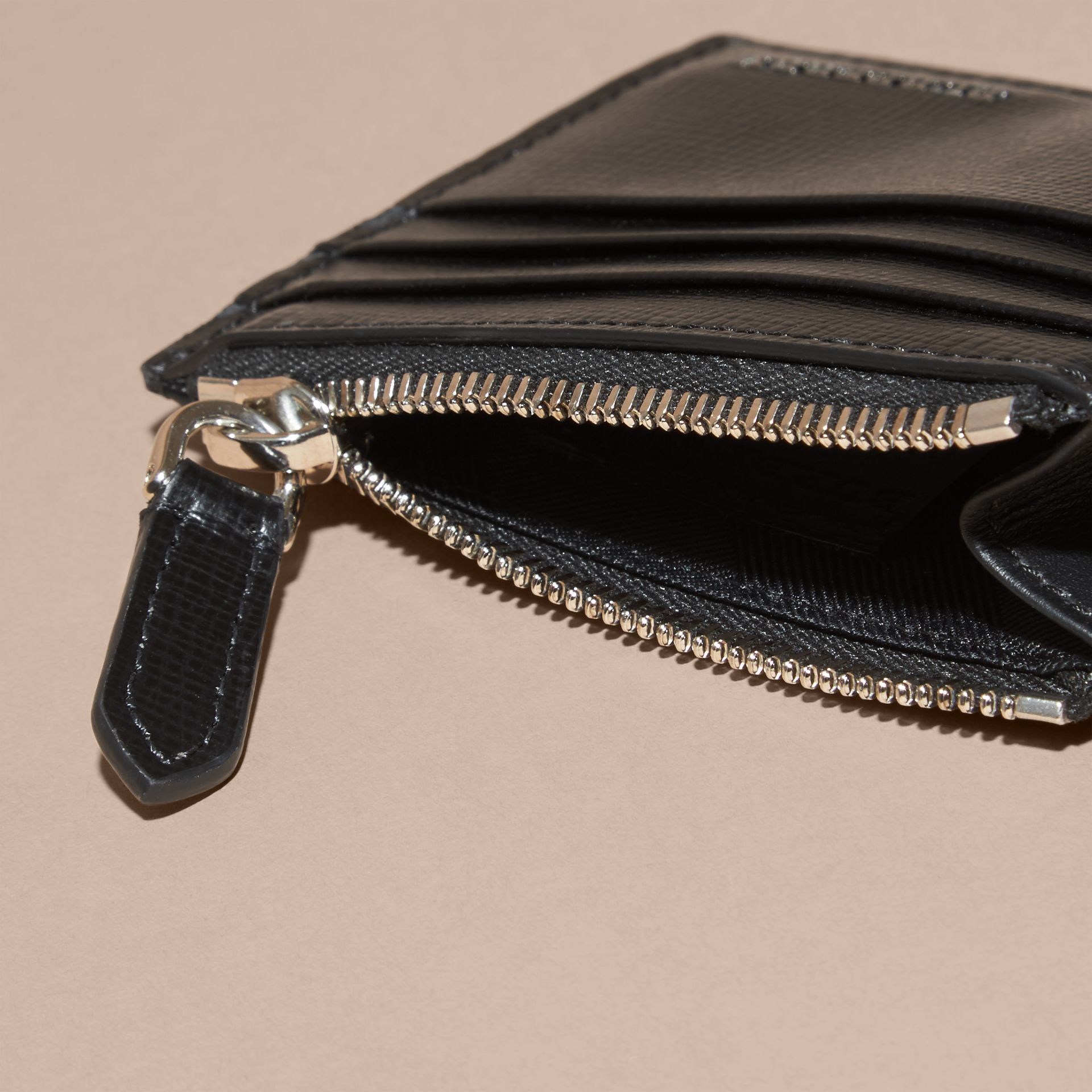London Leather Zip-top Card Case in Black | Burberry - gallery image 5
