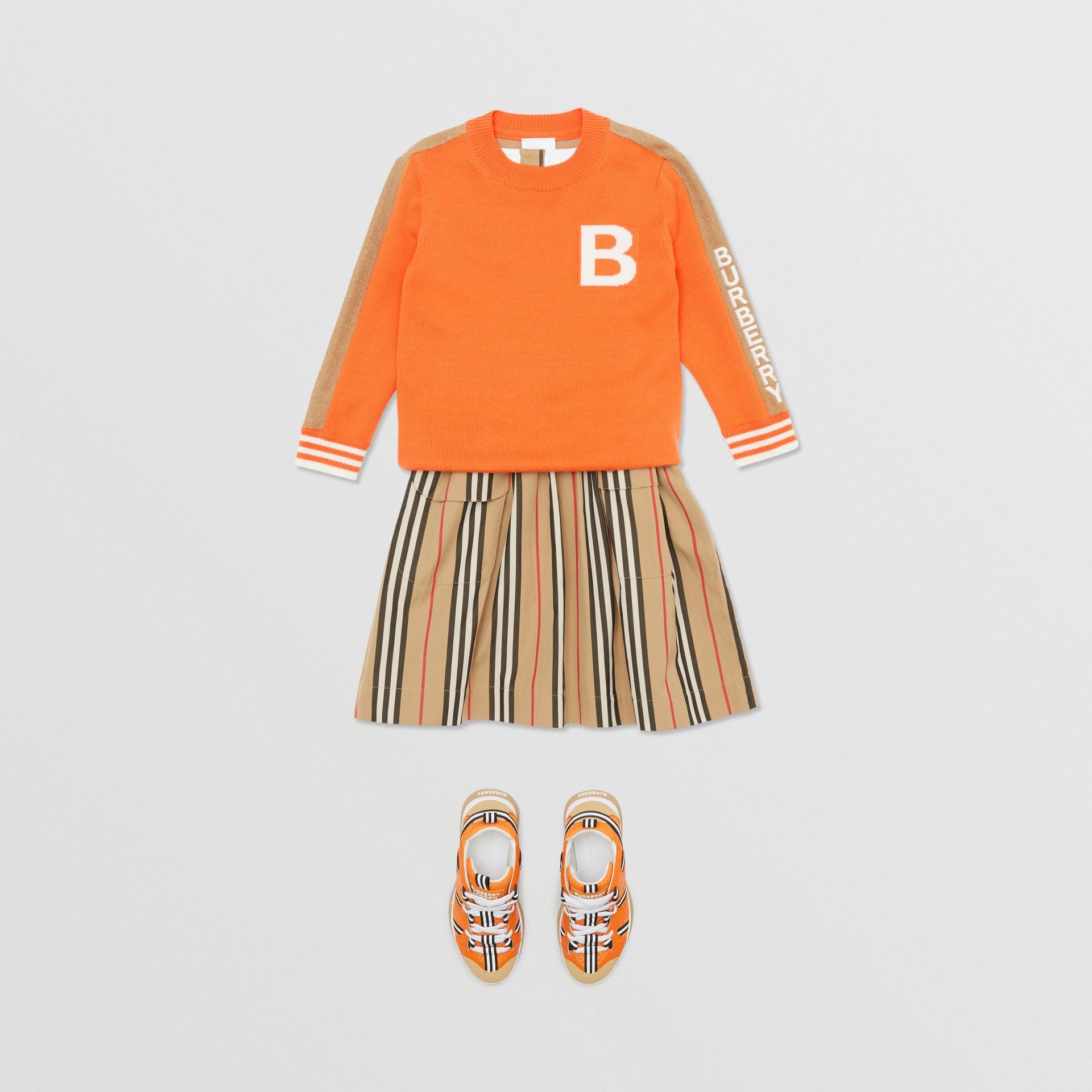 Bモチーフ メリノウール ジャカードセーター (ブライトオレンジ) | バーバリー - ギャラリーイメージ 3