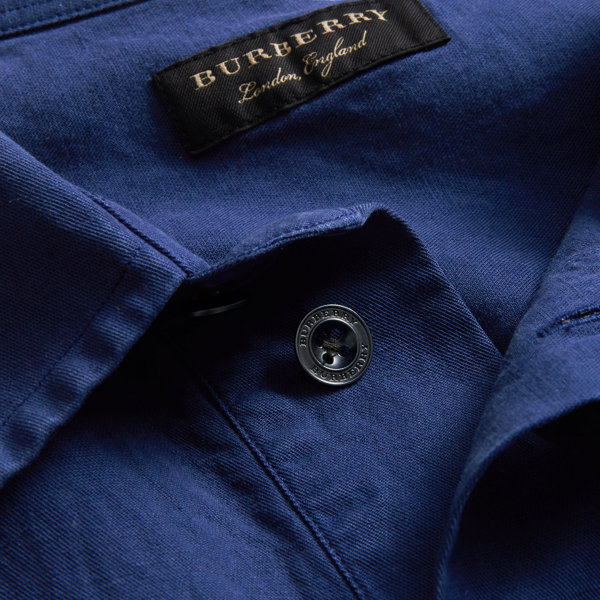 Unisex Short-sleeve Lyocell Linen Cotton Smock Shirt in Dark Blue - Men | Burberry - gallery image 2