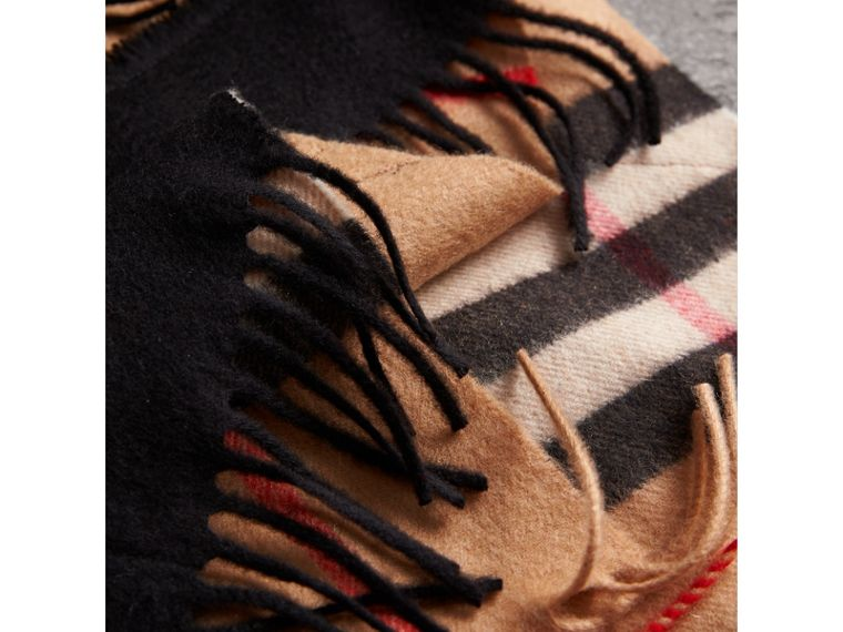 The Classic Check Cashmere Scarf with Fringing in Camel/black | Burberry - cell image 1