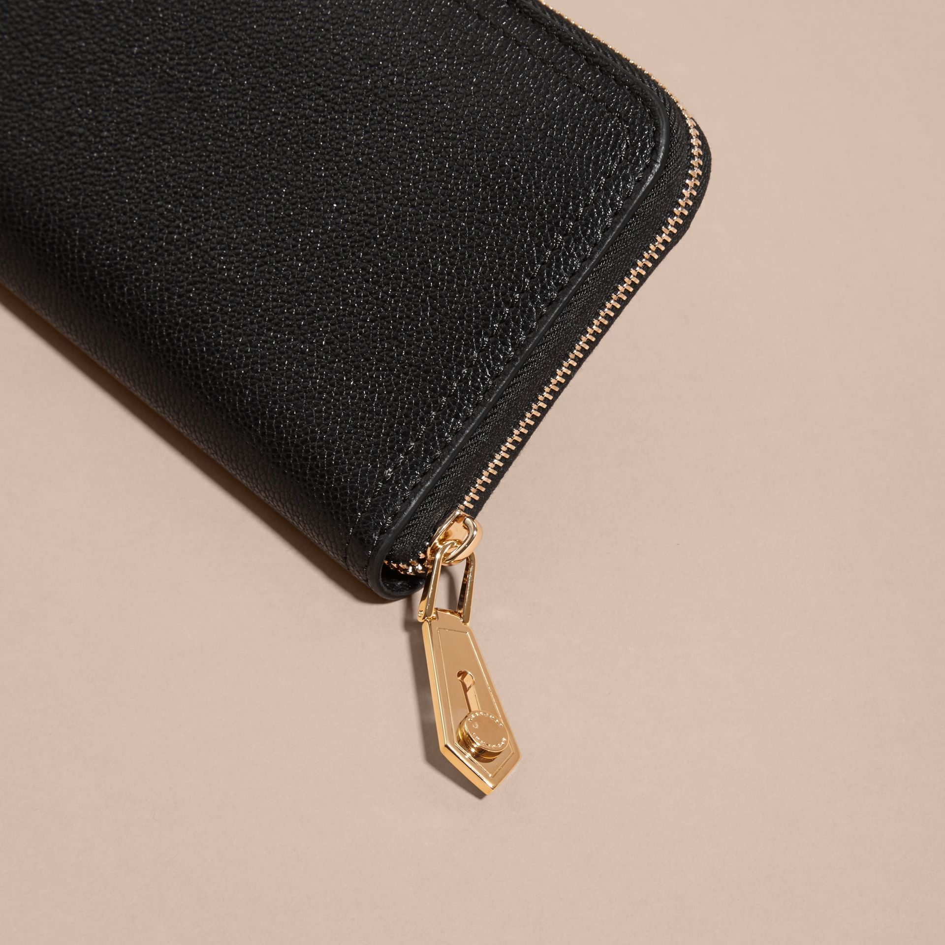 Black Grainy Leather Ziparound Wallet Black - gallery image 4