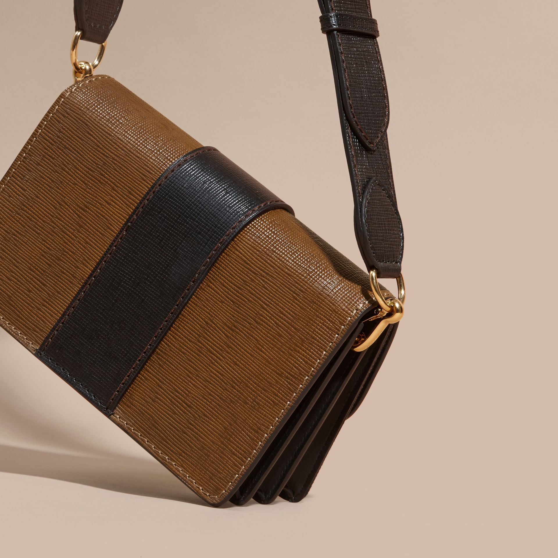 Tan/black The Medium Buckle Bag in House Check and Textured Leather Tan/black - gallery image 5