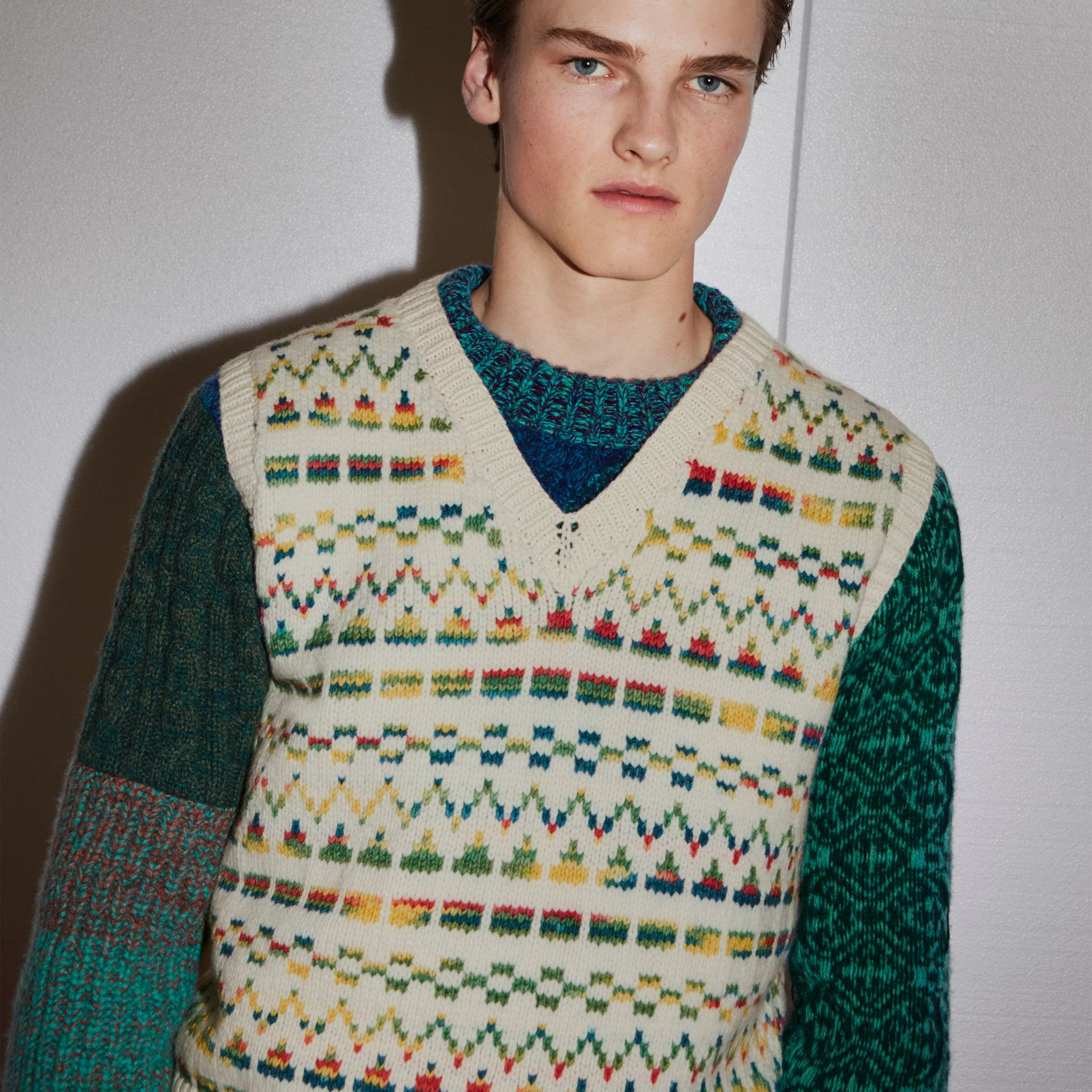 Geometric Fair Isle Wool Cropped Tank Top in Natural White - Men | Burberry - gallery image 3