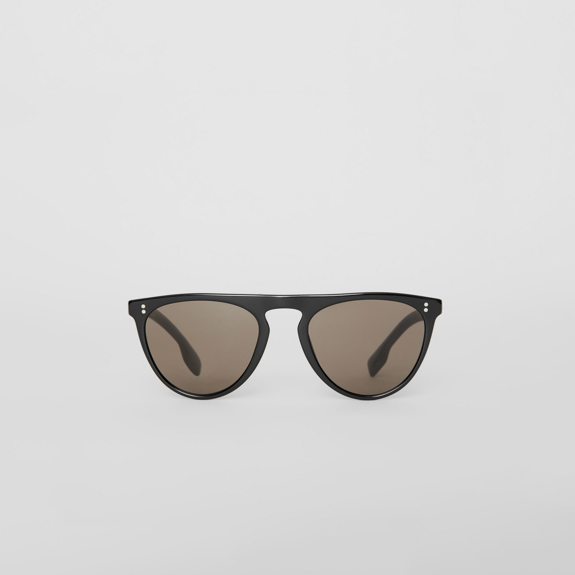 Keyhole D-shaped Sunglasses in Black - Men | Burberry United Kingdom - gallery image 0