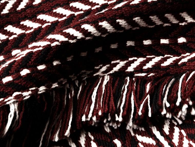 Marrone ruggine Cappotto a mantella con frange in lana e seta - cell image 1
