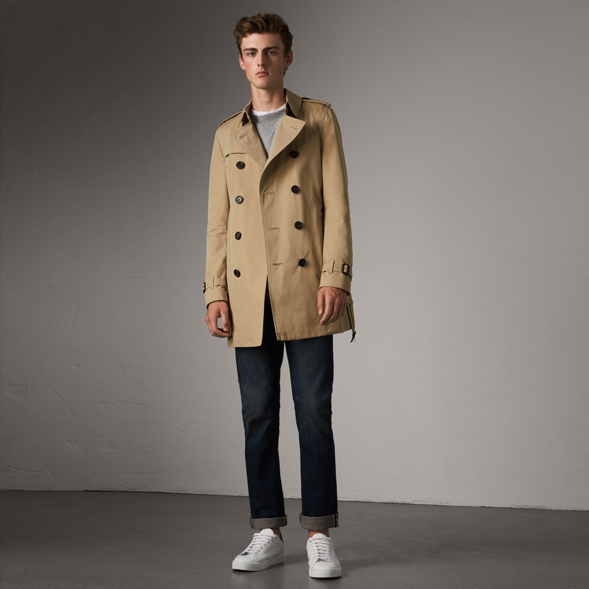 The Chelsea – Mid-length Trench Coat in Honey - Men | Burberry - gallery image 0