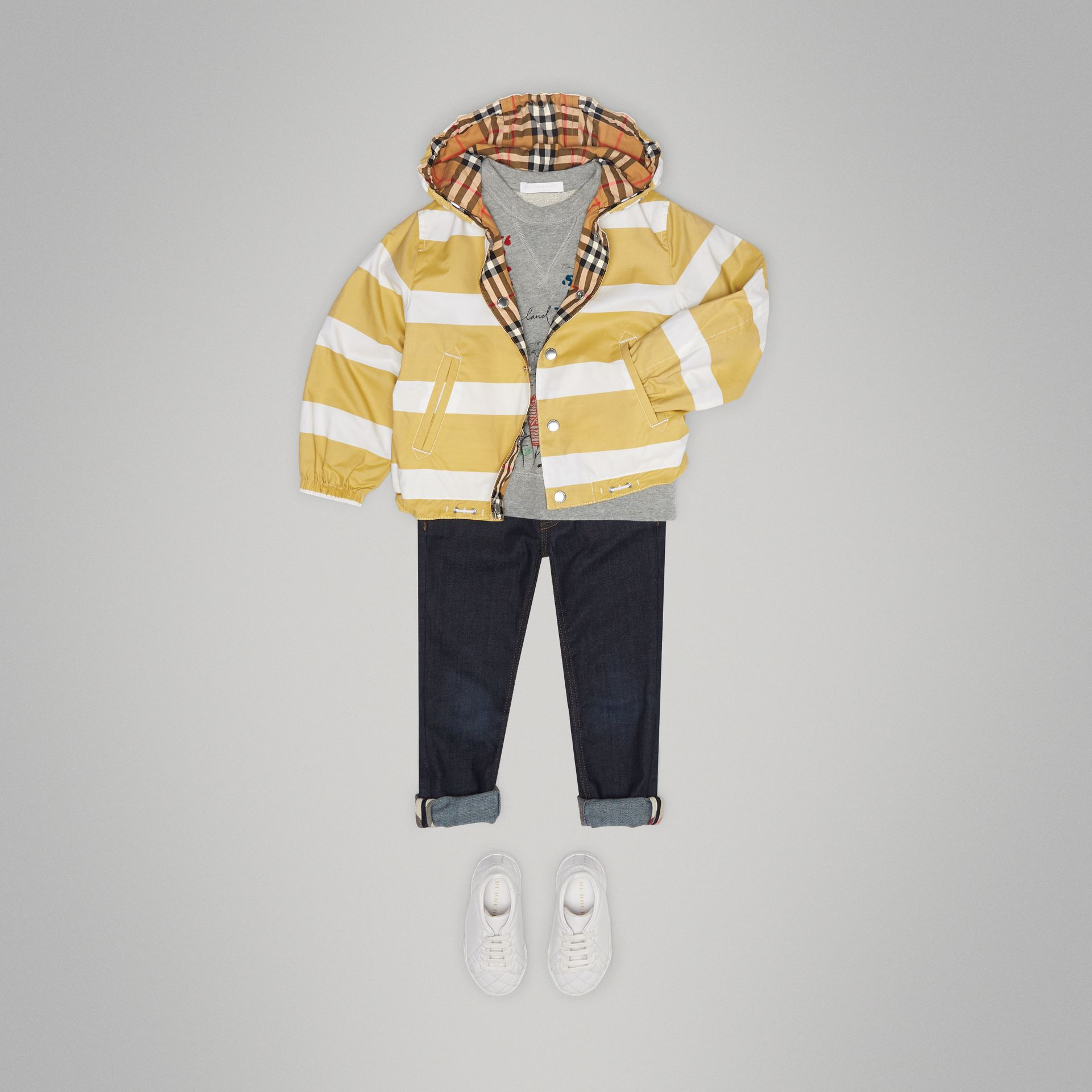 Reversible Stripe and Vintage Check Cotton Jacket in Larch Yellow/whte | Burberry - gallery image 2