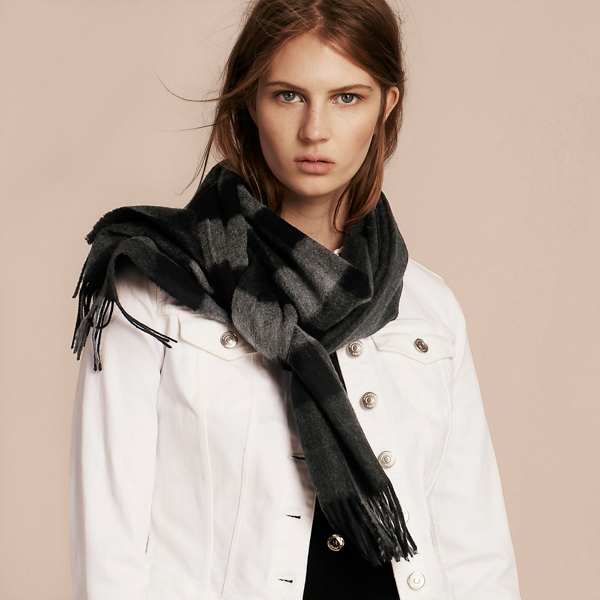The Large Classic Cashmere Scarf in Check Charcoal - gallery image 3