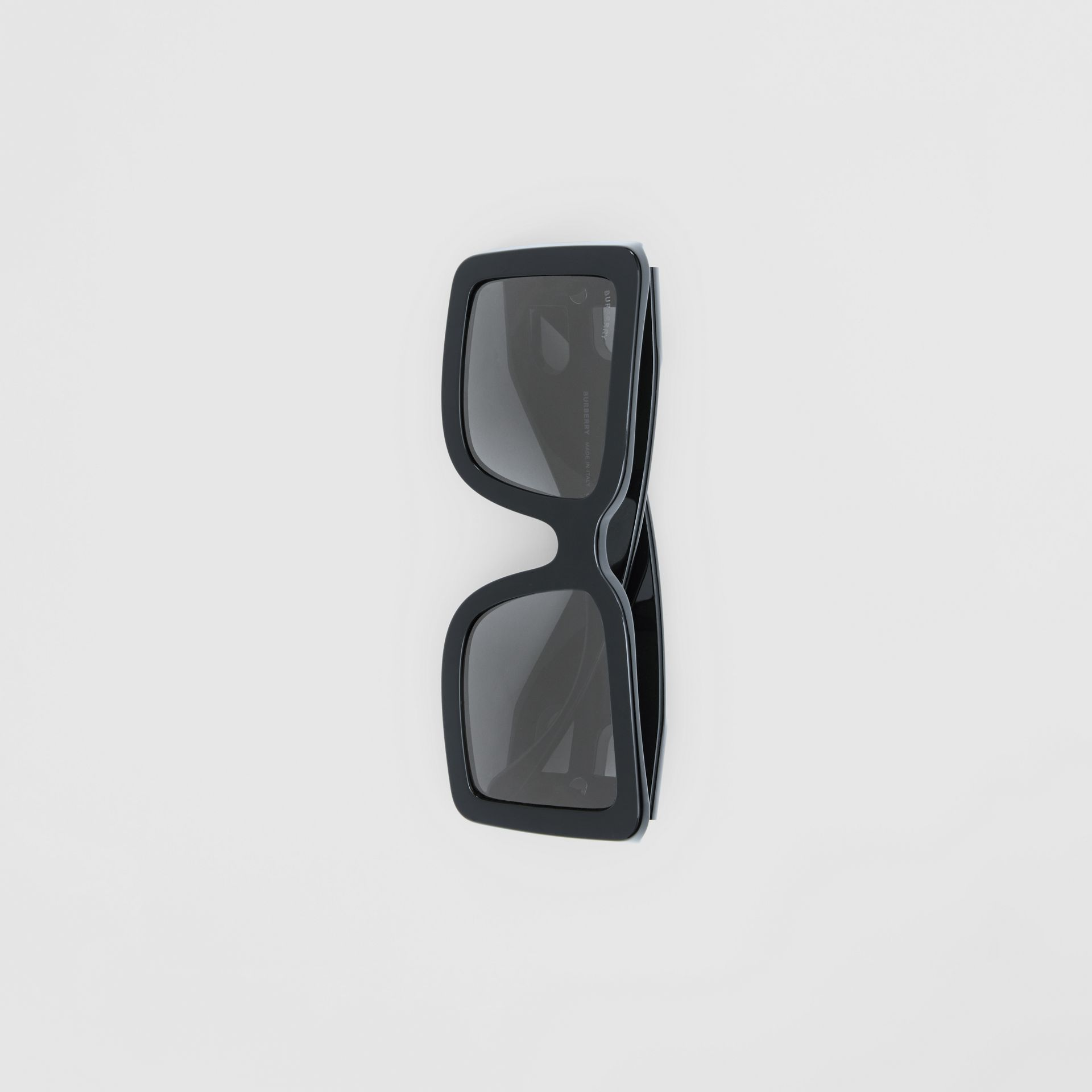 B Motif Square Frame Sunglasses in Black - Women | Burberry - gallery image 3