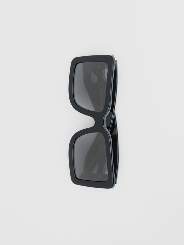 B Motif Square Frame Sunglasses in Black - Women | Burberry - cell image 3