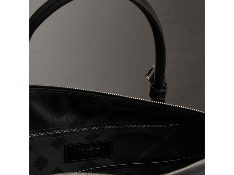 London Leather Holdall in Black | Burberry - cell image 4