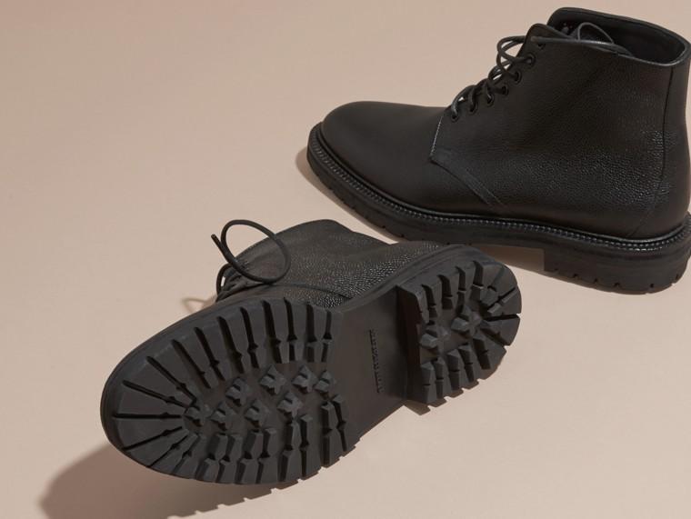 Preto Botas de couro granulado com cadarço Preto - cell image 4