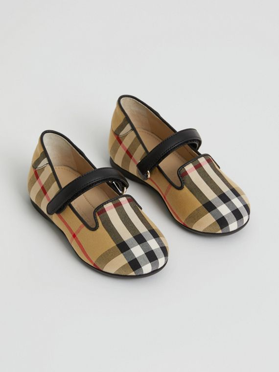D-ring Strap Vintage Check Slippers in Antique Yellow