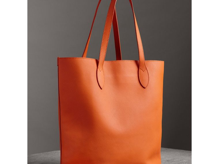 Embossed Leather Tote in Dark Clementine | Burberry - cell image 4