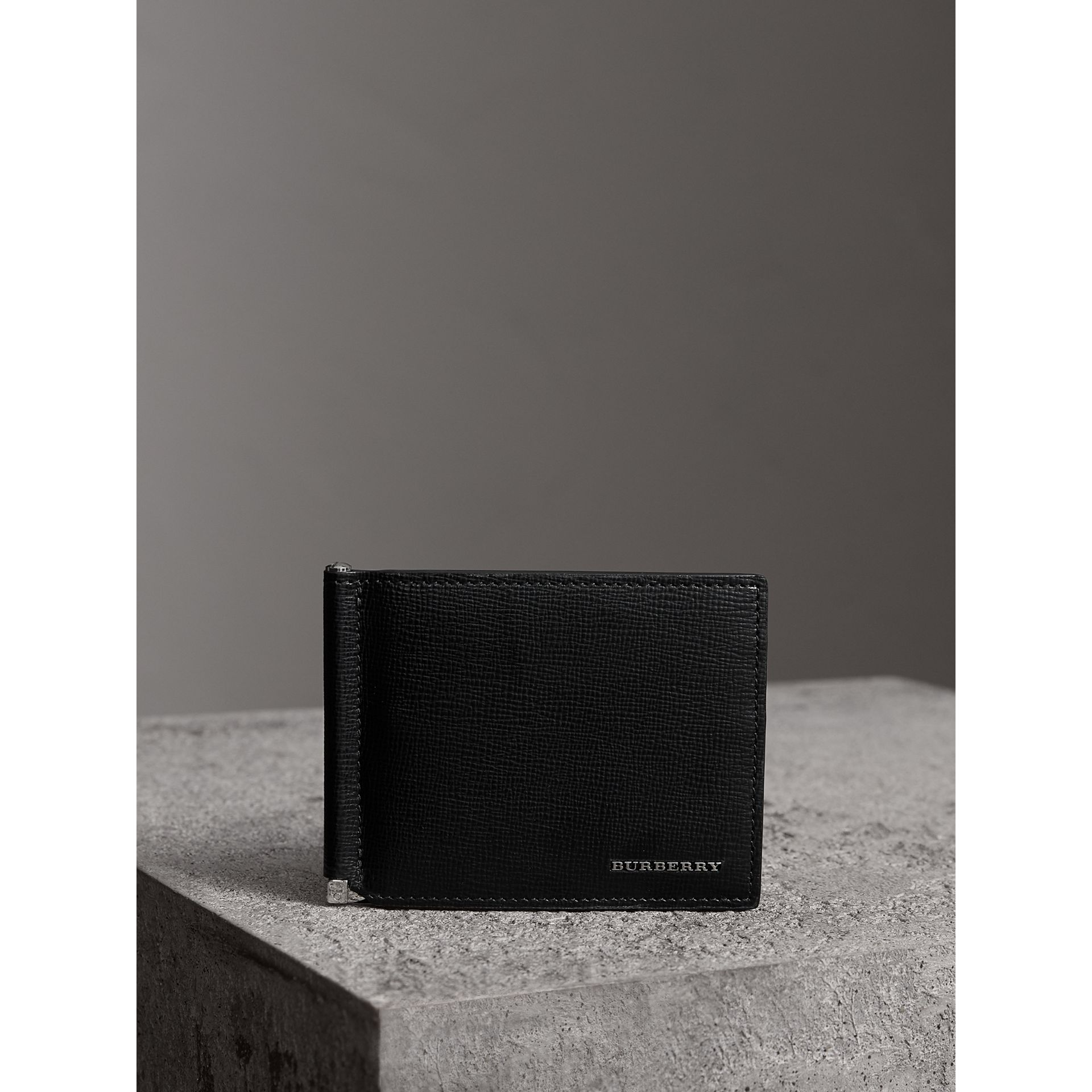 London Leather Money Clip Card Wallet in Black - Men | Burberry United States - gallery image 4