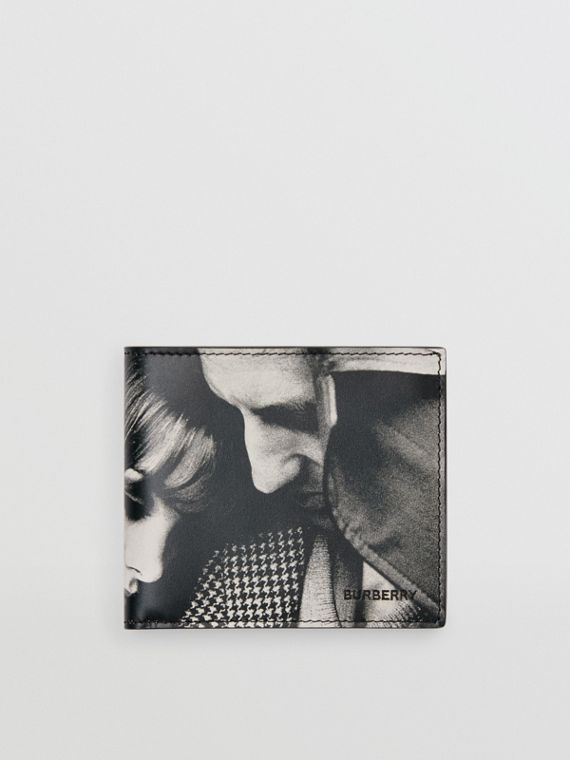 Archive Campaign Print International Bifold Wallet in Black/white