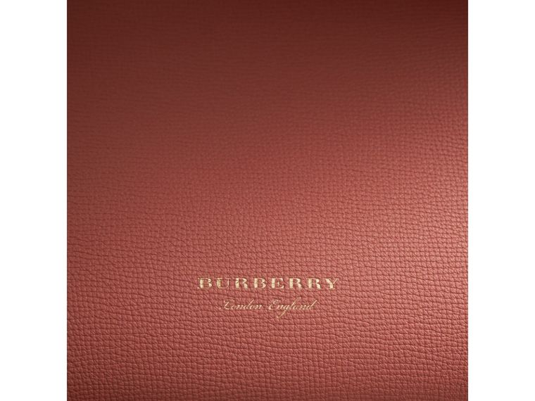 The Medium Banner in Leather with  Tonal Appliqué in Copper Pink - Women | Burberry - cell image 1